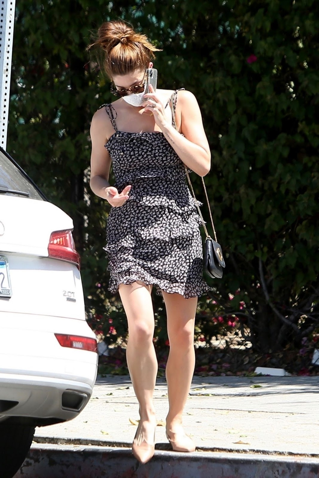Ashley Greene Out and About in Los Angeles, 05.08.2020 6
