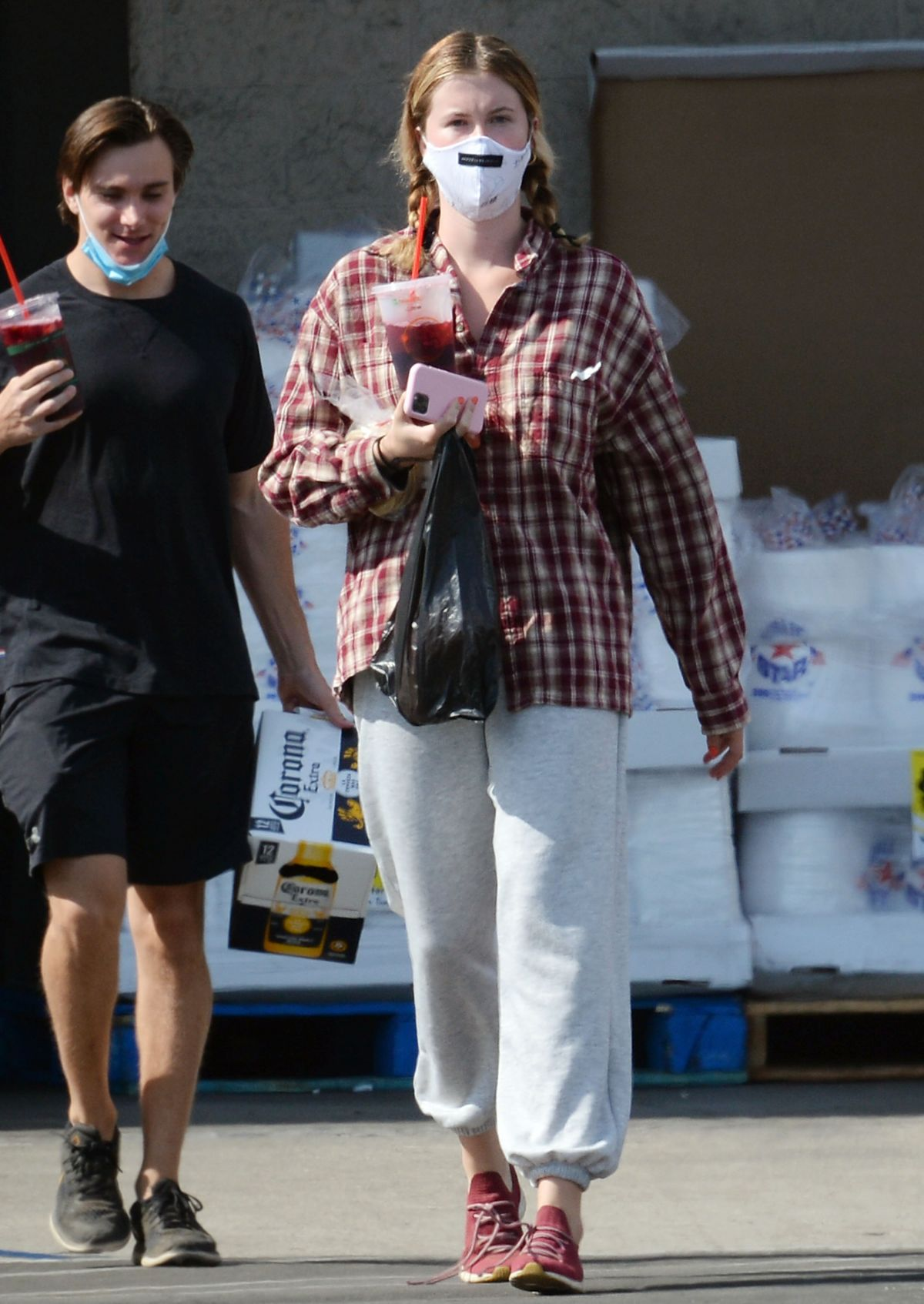 IRELAND BALDWIN Shopping at Organic Grocery Store in Los