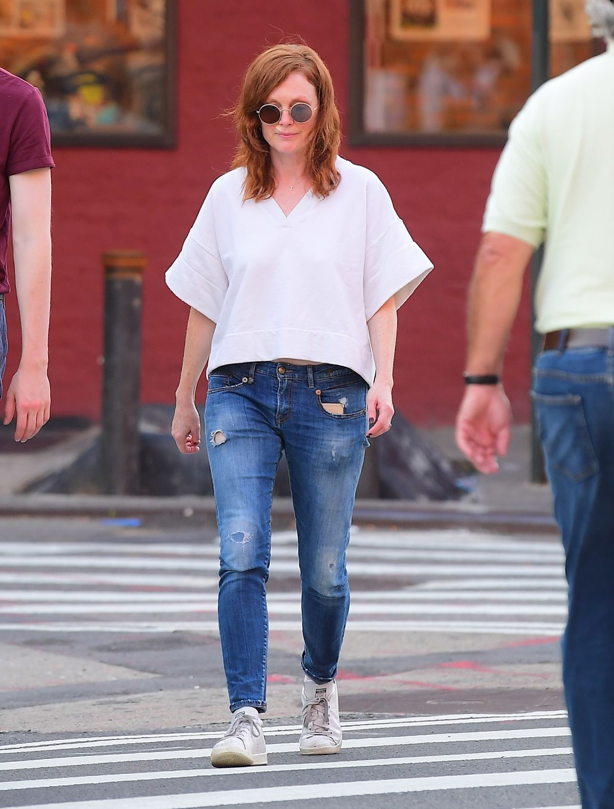 Julianne Moore and Her Daughter Liv Freundlich Out in New York, 06.23.2019 4