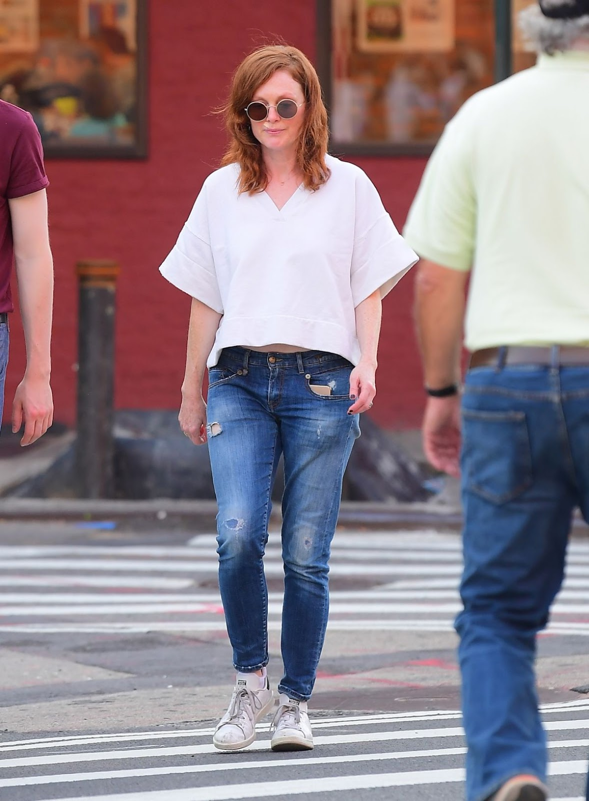 Julianne Moore and Her Daughter Liv Freundlich Out in New York, 06.23.2019 3